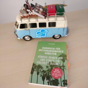 Rayaworx Bulli und Handbuch für ortsunabhängiges Arbeiten